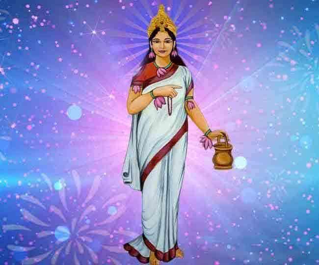 Navratri 2021 Day 2: नवरात्रि के दूसरे दिन मां ब्रह्मचारिणी की होती है पूजा, पढ़ें आरती, मंत्र, कथा और भोग विधि